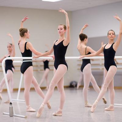 Ballerinas ballet ballet buns ballet class dancers favim com 400208